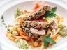 Řez z tuňáka se zeleninovou tempurou a zázvorovou omáčkou