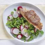 Jehněčí kotletky se salátem