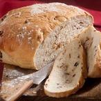 Slaninový chléb s cibulkou