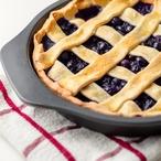 Mřížkový koláč s lesním ovocem