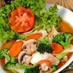 Smažená zelenina v sójové omáčce