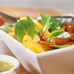 Pomerančový salát s fenyklem a cibulí