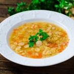 Hrachová polévka s kořenovou zeleninou