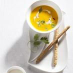 Karotkovokokosová polévka
