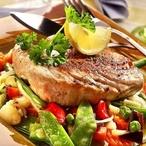 Steak z tuňáka se zeleninou II