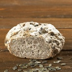 Domácí semínkový chléb