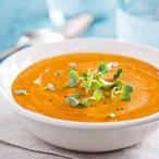 Krémová mrkvová polévka s pomerančem