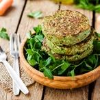 Balenky s falafelem, grilovaná zelenina & salsa