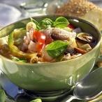 Polévka s mořskými plody