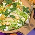 Ledový salát s jablky a krůtími kousky