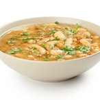 Fazolová polévka s uzeným kolenem