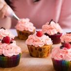 Rebarborové cupcakes s jahodami
