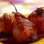 Hrušky pošírované v červeném víně