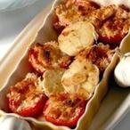 Pečený česnek s plněnými rajčaty