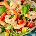 Salát s restovanými krevetami